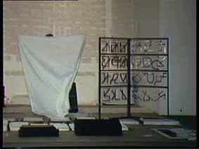 """Image 27 de performance """"écriture"""" de l'artiste Guy Lemonnier"""